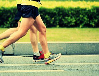 Para quem vive estressada, é melhor correr antes ou depois do expediente?